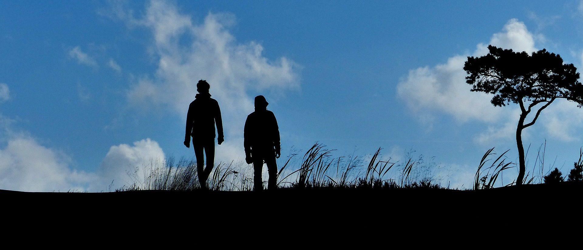 Camminare per riconnettersi alla terra