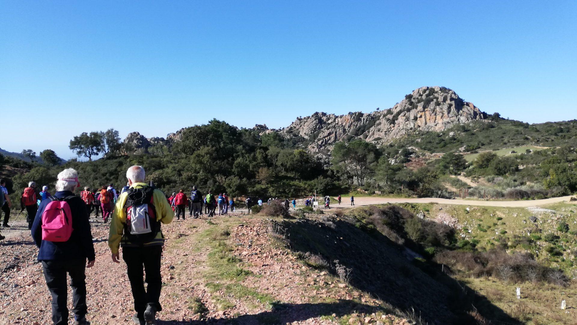 Centinaia in cammino per l'inizio di Cammina Italia CAI 2019 in Sardegna