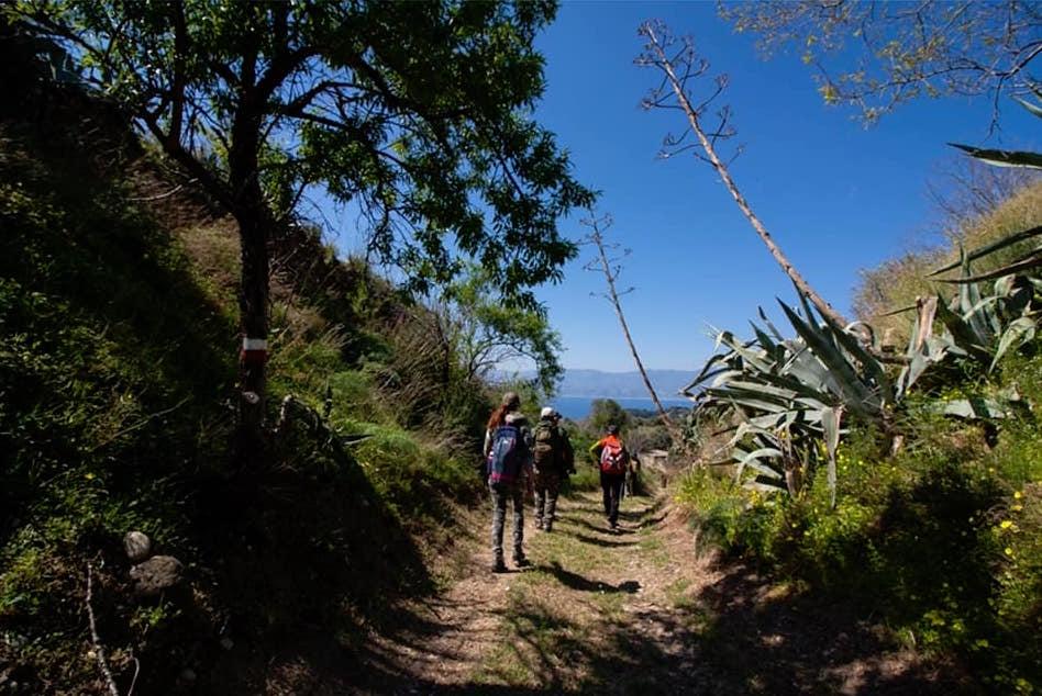 Escursione a Ortì, dove Sentiero Italia si affaccia sullo Stretto