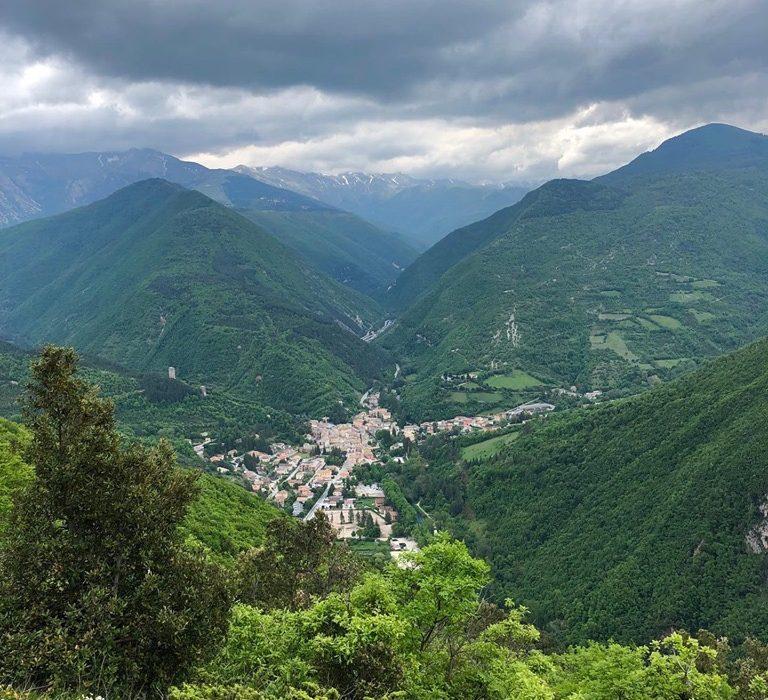 """Nelle Marche sul Sentiero Italia CAI: da Visso a Colfiorito tra unici e """"interminati spazi"""""""