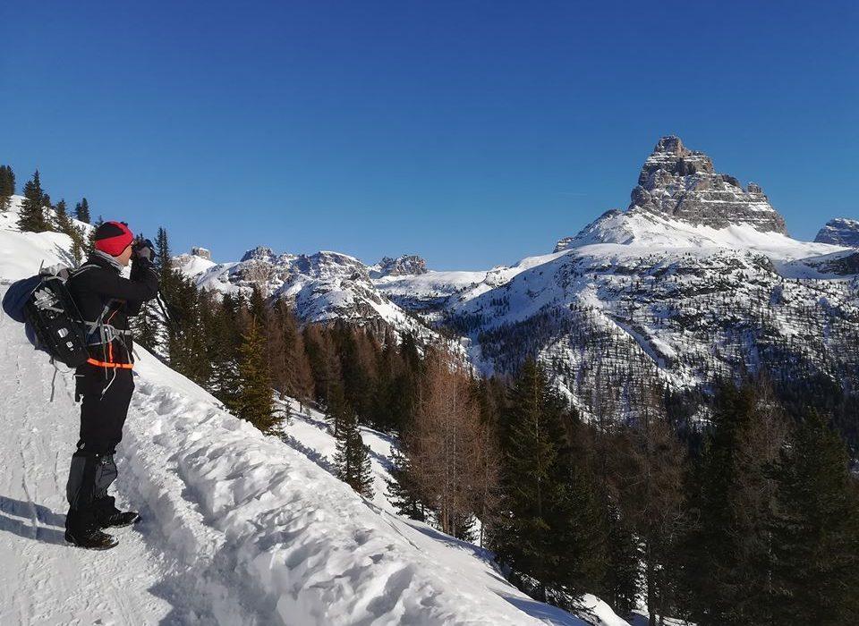 I soci di Montebelluna iniziano l'anno ammirando le Dolomiti innevate