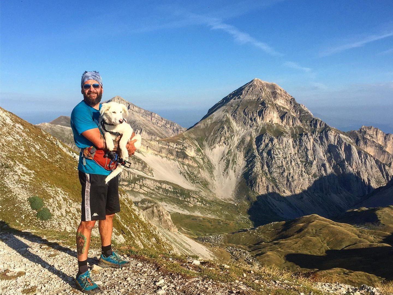 Renato Frignani e Pulce, un uomo e un cane sul Sentiero Italia Cai