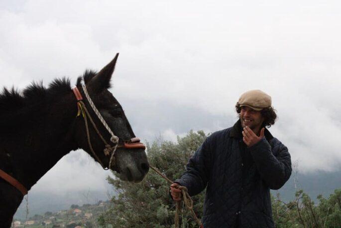 Lanzino e una delle sue mule - Foto Woodvivors