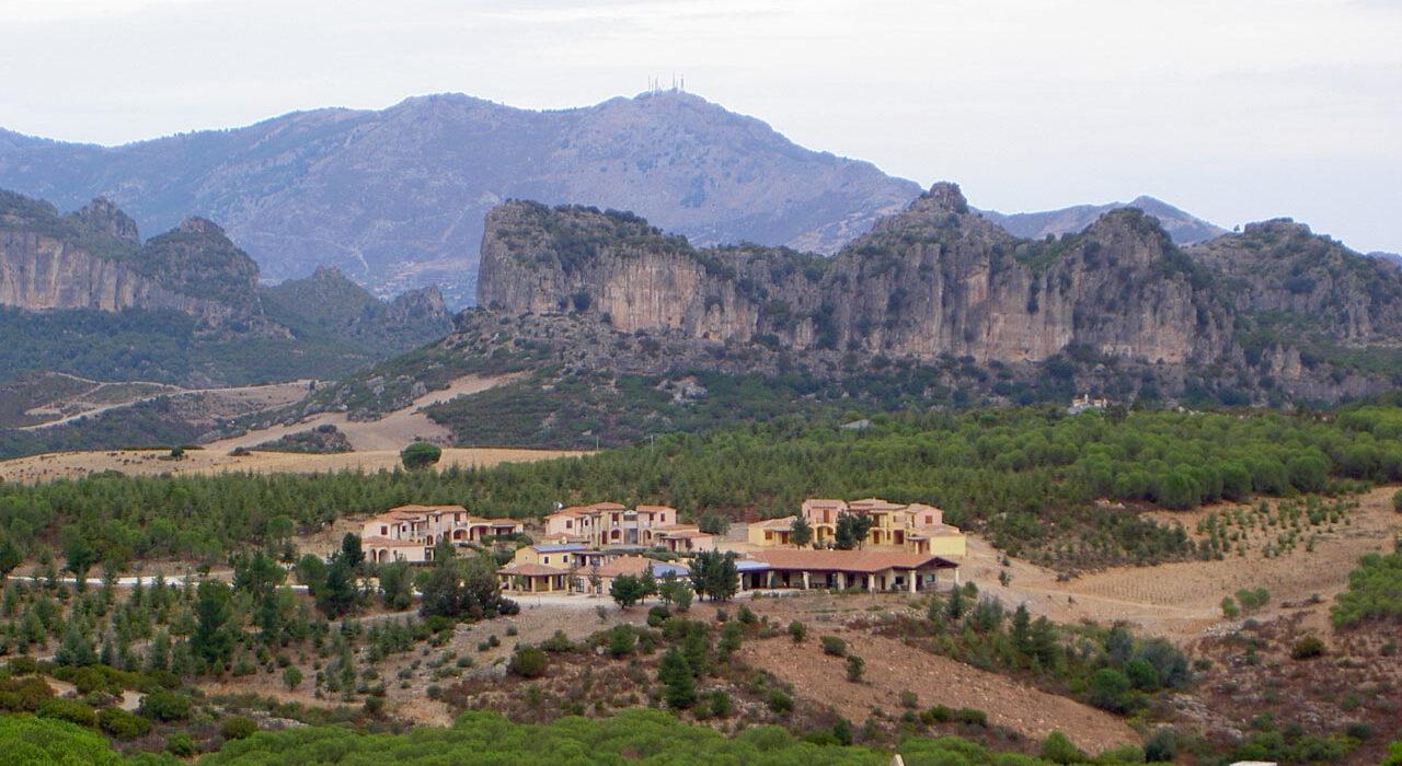 Hotel Rifugio d'Ogliastra: trekking, arte e prodotti a km zero